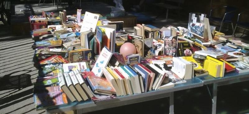 Mercatino di libri usati - Mercatino dei mobili usati ...