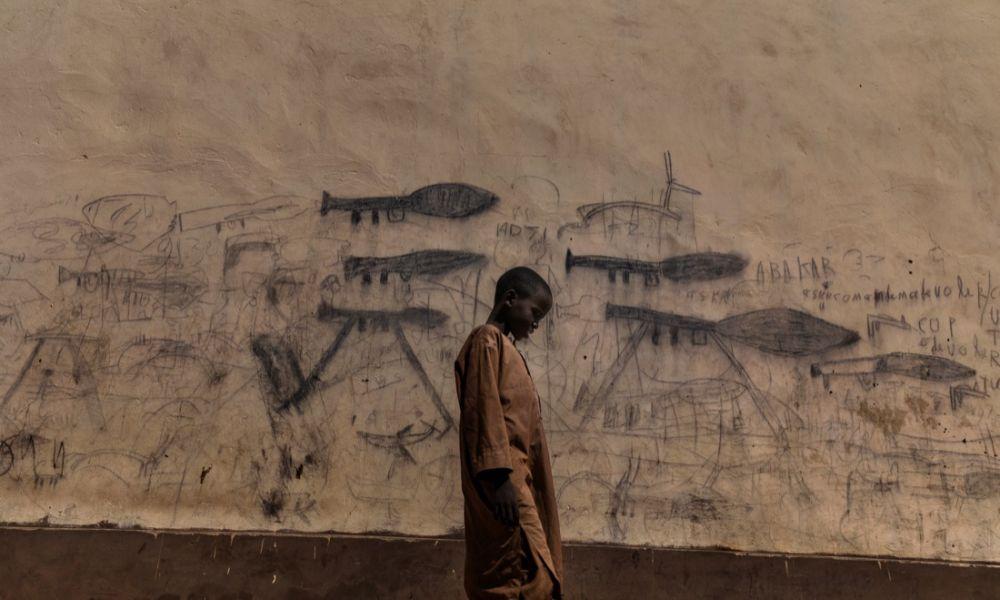Marco Gualazzini - Ciad, Bol, 2018. Bambini orfani, prevalentemente rifugiati nigeriani, vivono in gruppo all'interno delle scuole coraniche  Credits: © Marco Gualazzini / Contrasto